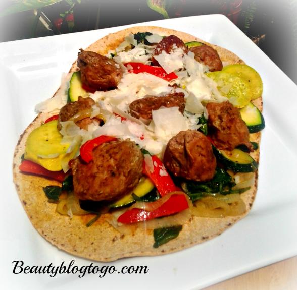 turkey meatbal and vegtable flat bread
